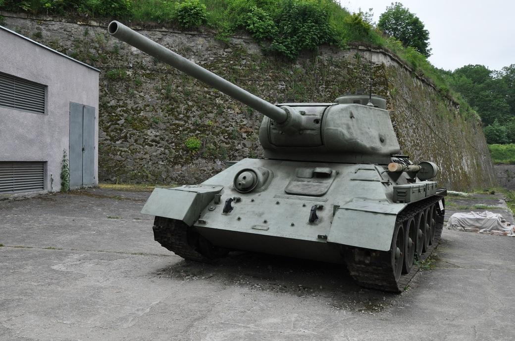 czołg w twierdzy kłodzko